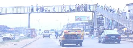 pedestrian bridge palmgrove ikorodu expressway lagos nigeria